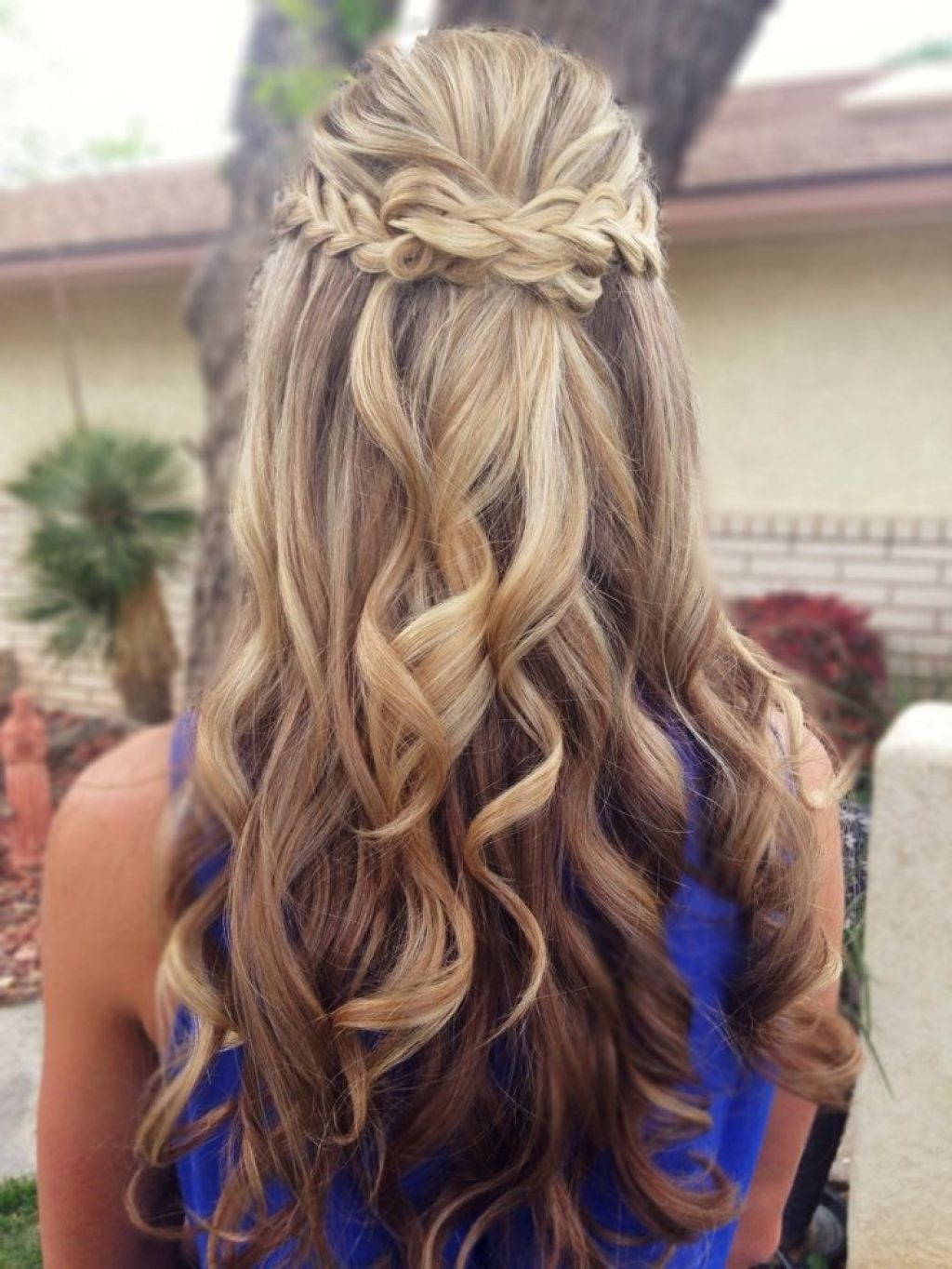 Prom Hairstyles Down Curly And Short Hair Prom Hair Trend 2017