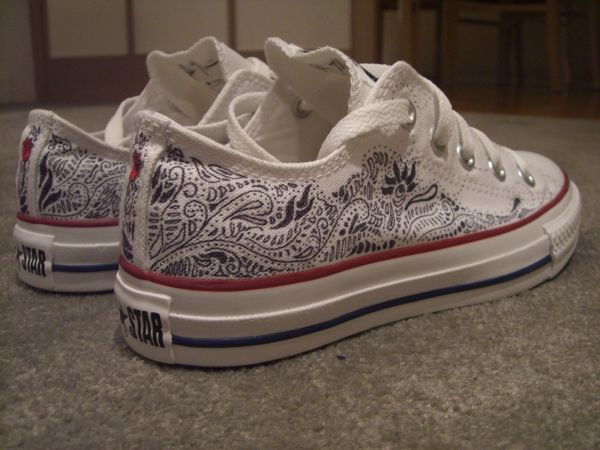 d276b699f426 Sharpie Drawings On Converse - Exploring Mars