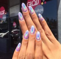 HOLOGRAM + CHROME NAILS