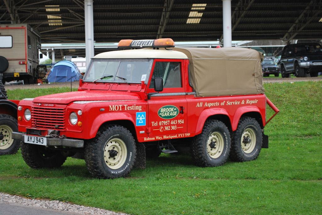 Land Rover Spring Adventure Show 2013 Brook Garage 6x6