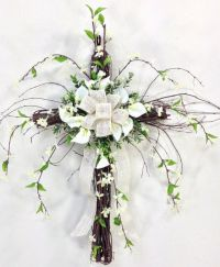 Wispy Grapevine Cross | Church decor | Pinterest | Wreaths ...