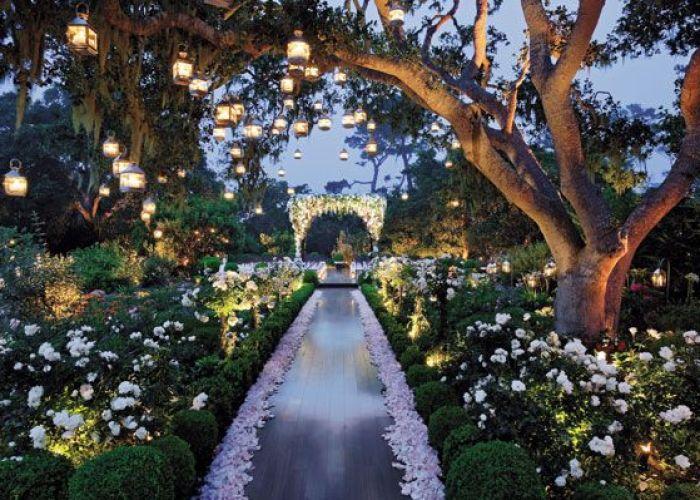 The most popular wedding photos also enchanted garden weddings