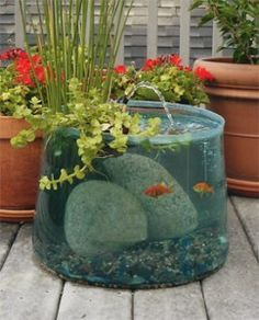 21 Fascinating Low Budget DIY Mini Ponds In A Pot Gardens 22
