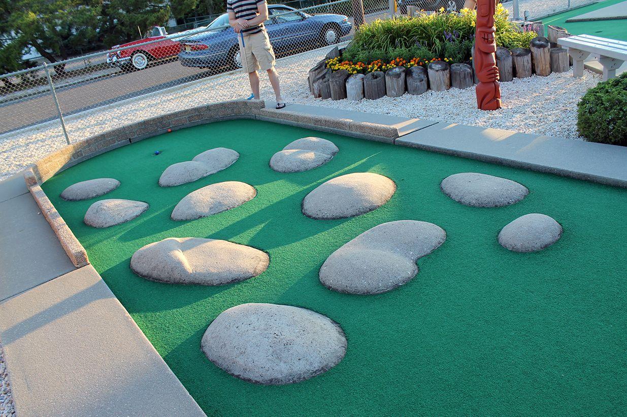 Mini Golf Course Obstacles  MinigolfattheShore015