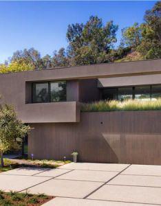 Marmol radziner designed home in santa monica canyon also new seeks rh pinterest