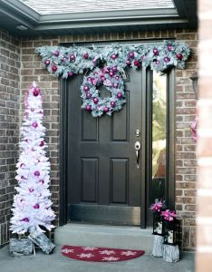 Easy front door decorations for christmas also doors decoration rh za pinterest