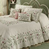 Posy Floral Oversized Quilted Bedspread Bedding ...