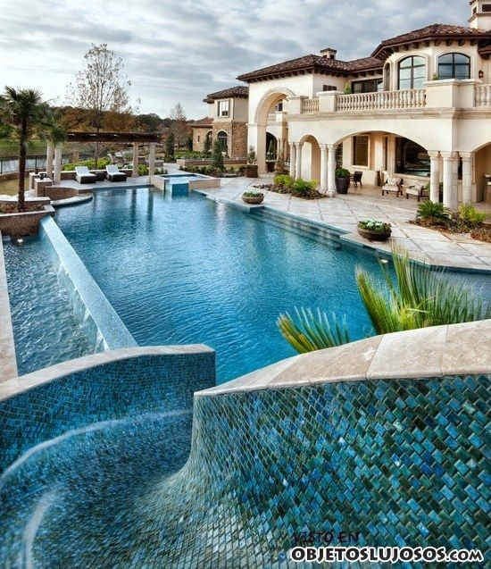 casa con piscina y toboganes  casas soadas  Pinterest  Luxury