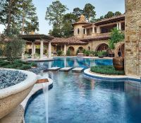 Backyard Goals: Beautiful Mediterranean Italian style ...