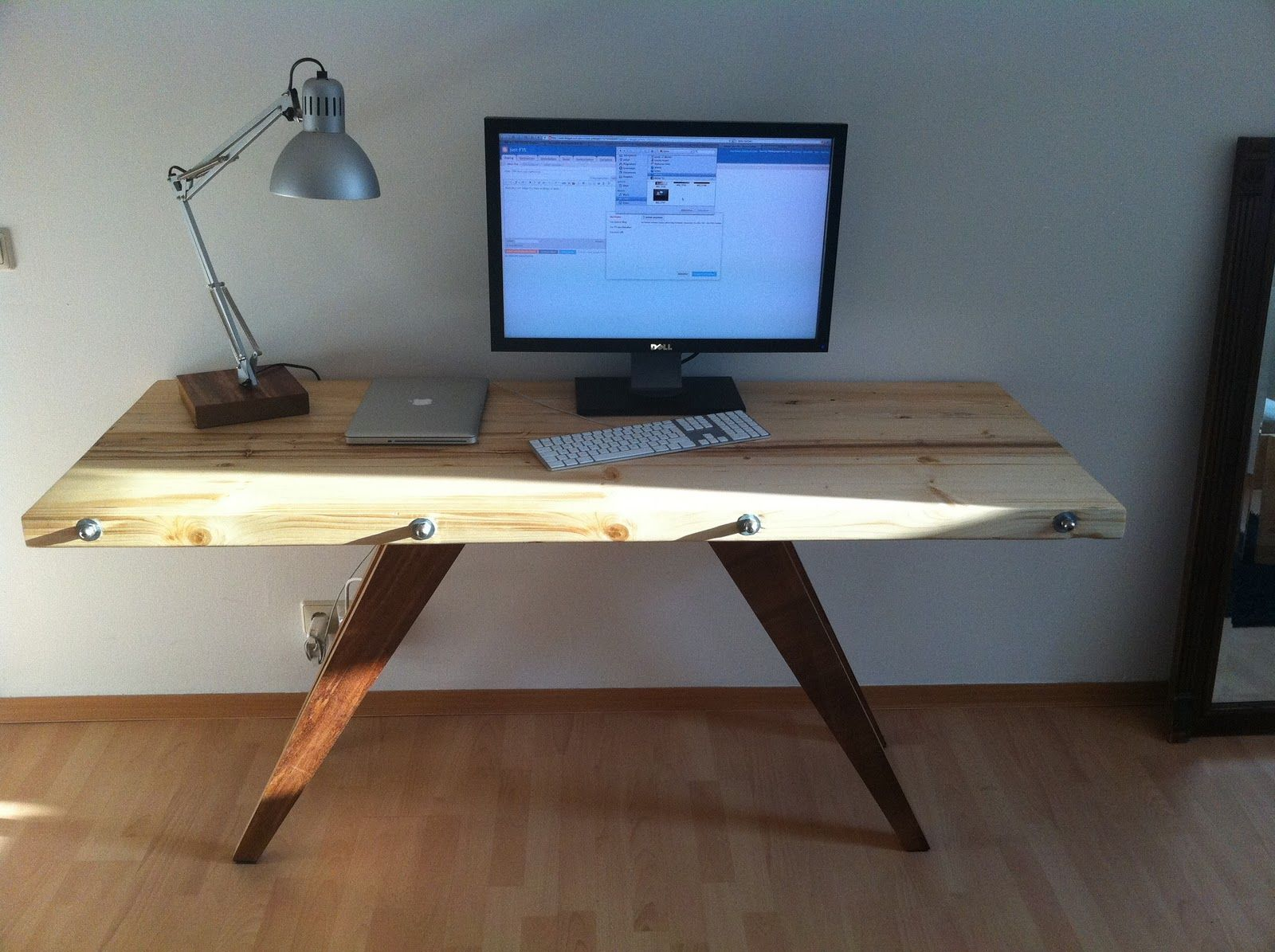 Luxury Cool Desk Ideas With Simple Small Desk Ideas For