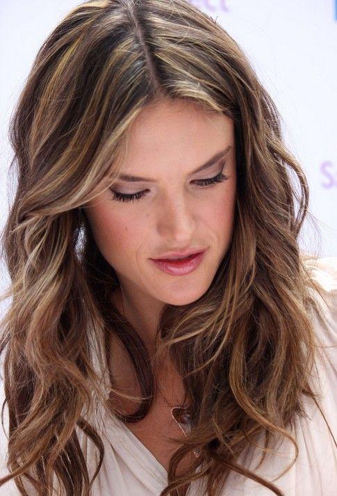 Layered Light Brown Hairstyles Alessandra Ambrosio Hair Wavy
