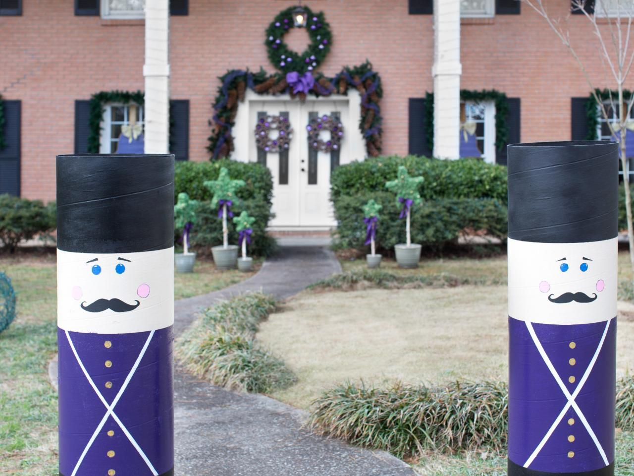 how to make giant nutcrackers easy crafts and homemade decorating gift ideas hgtv