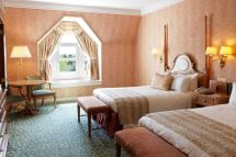 Disney Hotels Disneyland Hotel - Castle Club Room