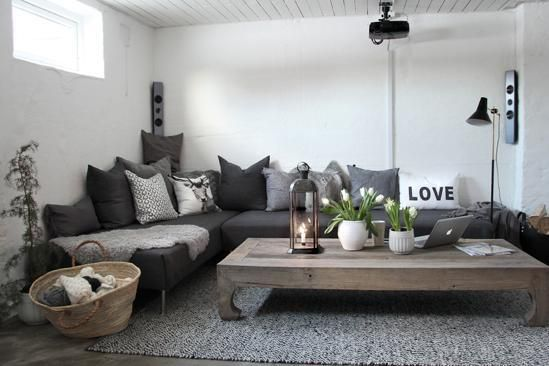 Lovely idea for  sitting room or theatre room