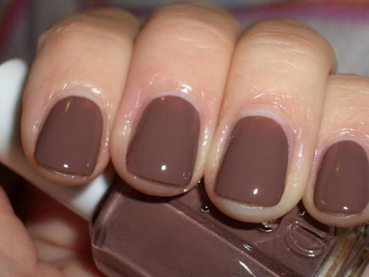 essie hot cocoa for the fall…love this color