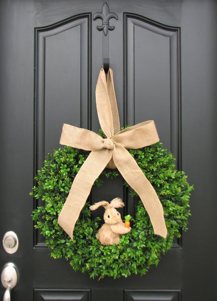 Easter Bunny and Boxwood, Boxwood Wreaths XL, Spring Wreaths, Burlap, Boxwood Wr