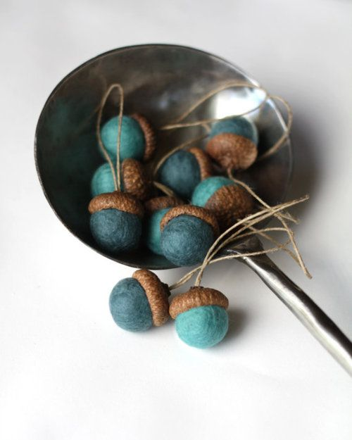 turquoise acorns/add some boy pops! To a fall theme with out clash or tackyness