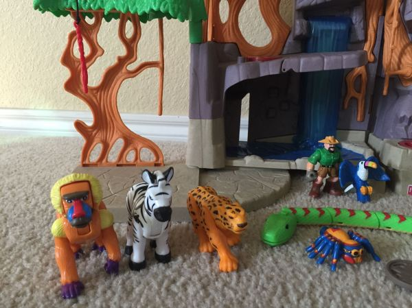 Fisher Imaginext Gorilla Mountain Play Set