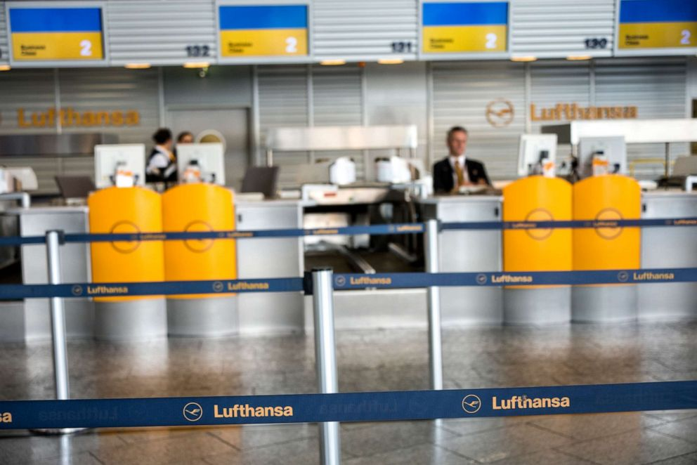 PHOTO: Check in area in Terminal 1 at Frankfurt International Airport, April 02, 2014.