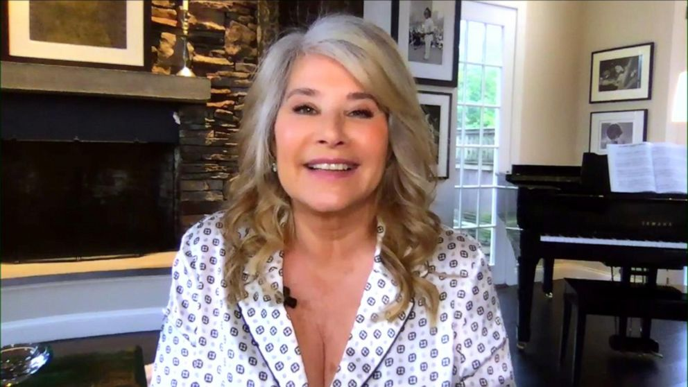Lorraine Bracco bought an Italian villa for 1 Euro | GMA