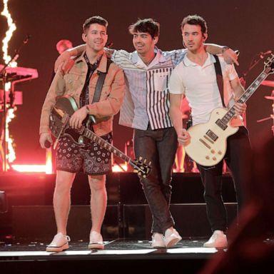 Jonas Brothers Wells Fargo