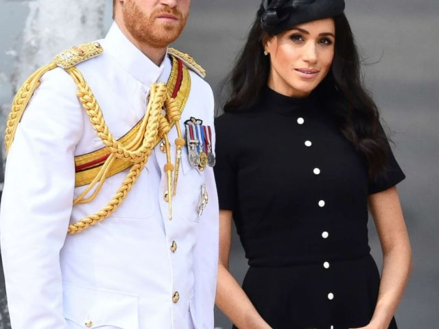 PHOTO: Prince Harry and Meghan Markle at the opening of ANZAC memorial ANZAC Memorial, Hyde Park, Sydney, Oct. 20, 2108.