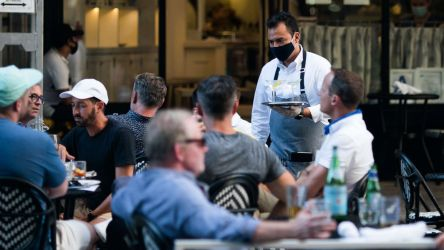 Outdoor dining safety: We asked 7 infectious disease experts for their take GMA