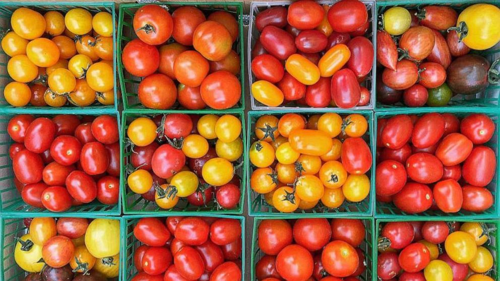 Insider tricks to picking the best fruits and veggies