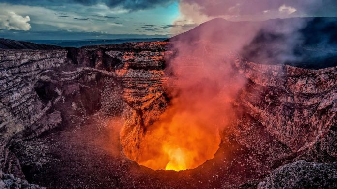 Extraordinary Earth: How Nicaragua's Masaya Volcano helps cool the planet |  GMA