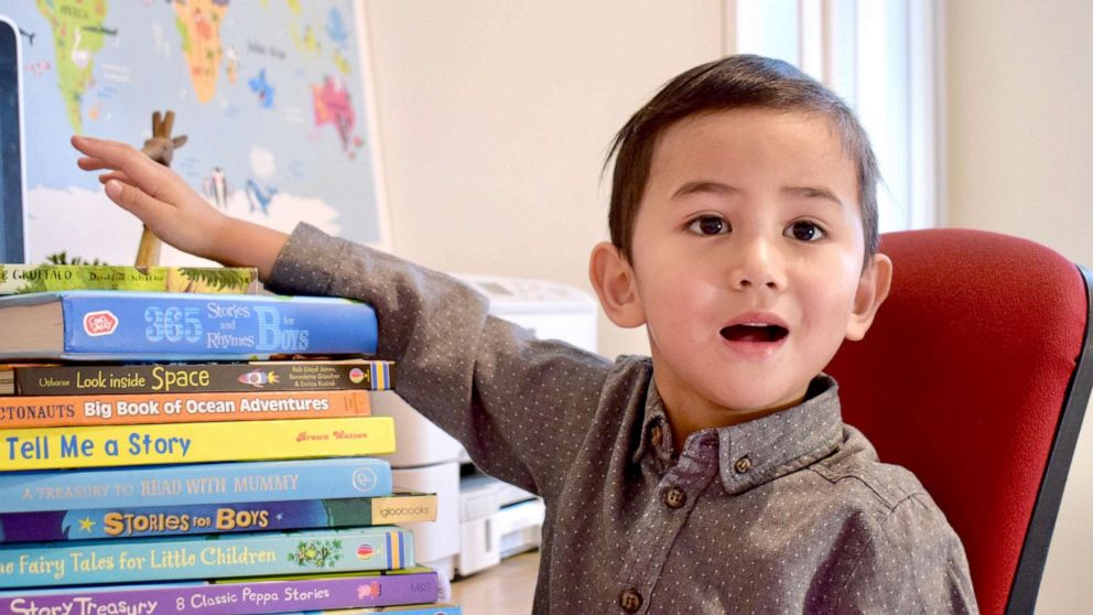 3-year-old is youngest member of Mensa IQ society -- and his mom says even she's impressed - ABC News