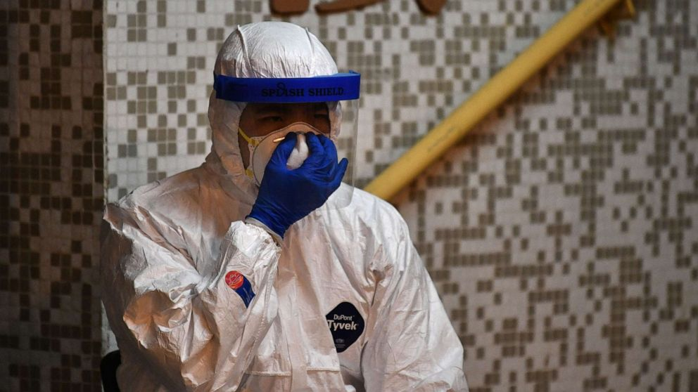 13th American diagnosed with coronavirus as death toll tops 1,000 ...