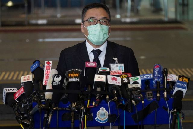 PHOTO: Steve Li Kwai-Wah, senior superintendent of the Hong Kong Police Force's national security unit, talks to reporters during a press conference in Hong Kong on Jan. 6, 2021.