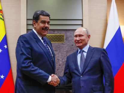 Bildergebnis für Vladimir Putin offers support to embattled Venezuelan President