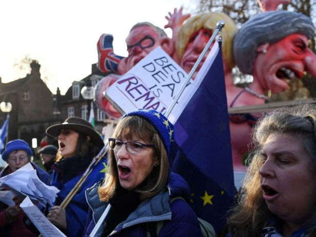 PHOTO: Pro EU protesters demonstrate outside the British Houses of Parliament in central London, Dec. 11, 2018 after British Prime Minister Theresa Mays decision to postpone the Brexit deal Meaningful Vote.