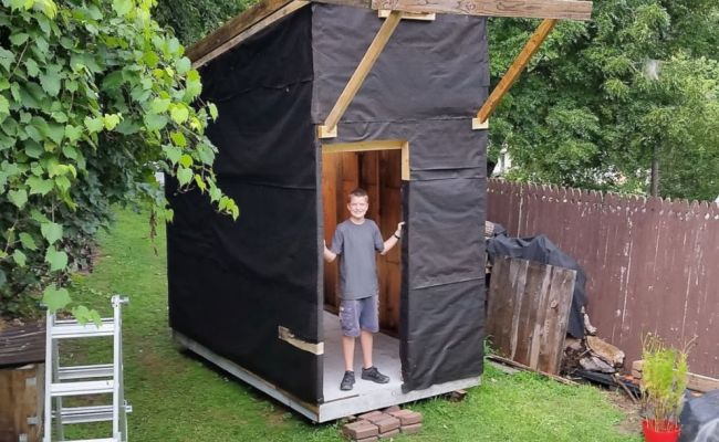 13 Year Old Builds 1 500 Tiny House In Family S Backyard