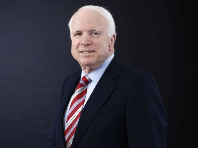 PHOTO: Sen.John McCain poses for a photograph at the World Economic Forum (WEF) in Davos, Switzerland, Jan. 23, 2014.