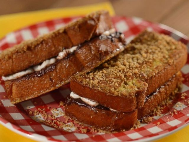 PHOTO: Smores French Toast at Woodys Lunch Box