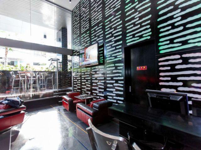 PHOTO: Galleria 10 Sukhumvit
