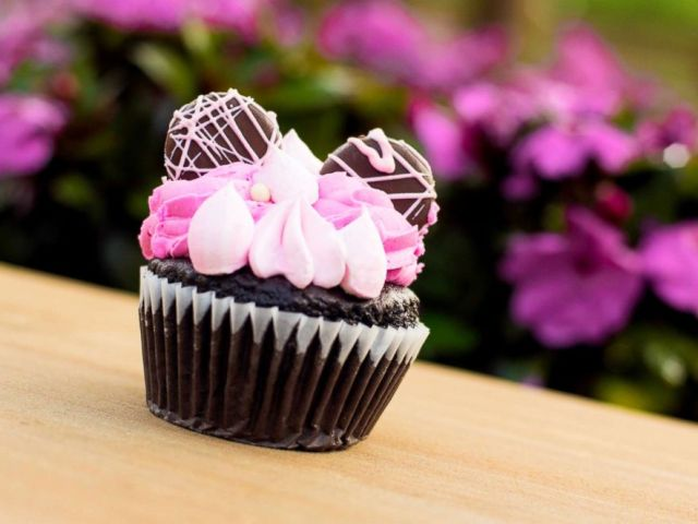 PHOTO: This cupcake can be found at a variety of locations, including Riverside Mill Food Court at Disney's Port Orleans Resort.
