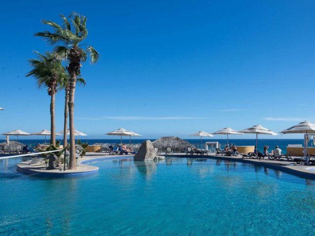 PHOTO: Sandos Finisterra Los Cabos Hotel.