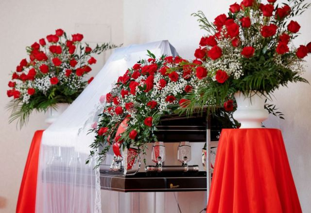 PHOTO: The open casket of Andrew Brown Jr. is adorned with roses during a viewing at a funeral home in Hertford, North Carolina, May 2, 2021.