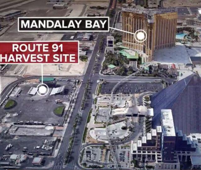 Photolas Vegas Strip Shooting After A Gunman Opens Fire Near Mandalay Bay Casino