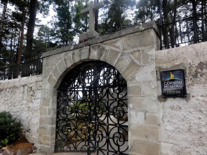 コーンウォール人墓地入口