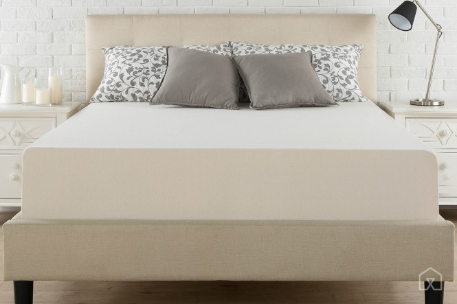 The Zinus Green Tea Mattress Has More Of A Squishy Top And Stiff Center But Overall We Think It S Surprisingly Comfortable For Price