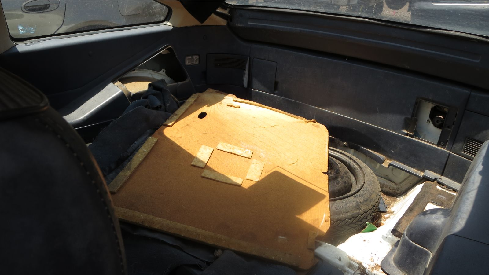 hight resolution of fun crx fact you can fit 8 foot long 2x4s in a crx with nothing sticking out they ll fit with one end in the left rear corner of the cargo area and the