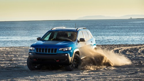 small resolution of 2019 jeep cherokee is a truck like crossover with advantages off road but issues on road autoblog