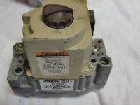 FURNACE -GAS VALVE- HONEYWELL VR8205M 2823