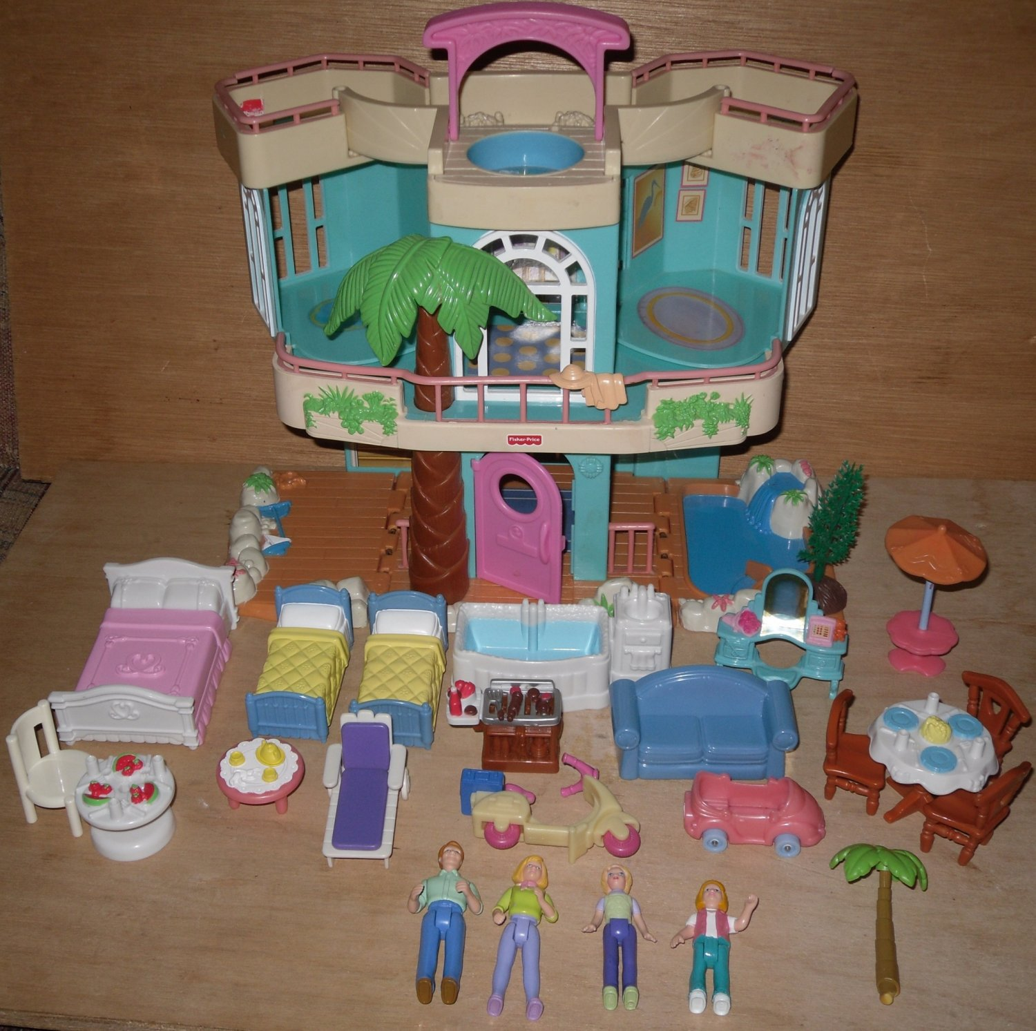 Fisher Price Sweet Streets Dolls Furniture Beach House FP