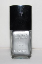 chanel - silver duo nail polish