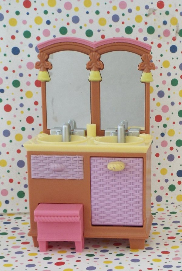 Fisher Loving Family Twin Time Dollhouse Bathroom Vanity